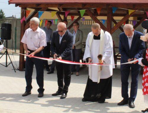 Plac zabaw w Poniecu został otwarty!